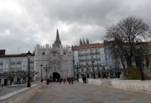 230. Burgos. Arco de Santa María