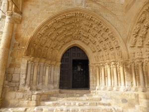 130. Villalcázar de Sirga. Santa María la Blanca. Portada