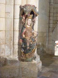 152. Villalcázar de Sirga. Santa María la Blanca. Virgen de las Cantigas