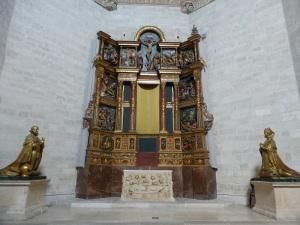 303. Valladolid. San Gregorio. Museo Nac. Escultura. Capilla funeraria Fray Alonso de Burgos.