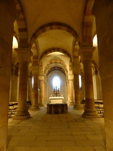 080. Espira. Catedral. Cripta