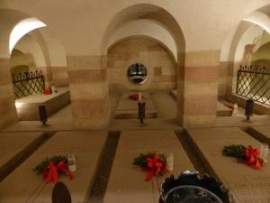 083. Espira. Catedral. Cripta