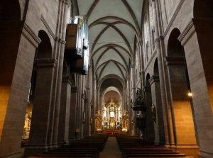 122. Worms. Catedral. Nave central