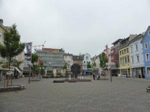 144. Worms. Obermarkt y rueda de la Fortuna
