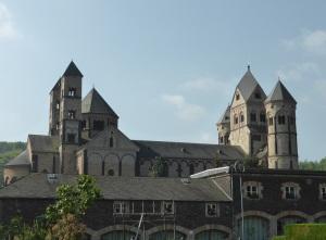 234. Monasterio de María Laach