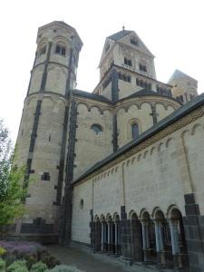 237. Monasterio de María Laach