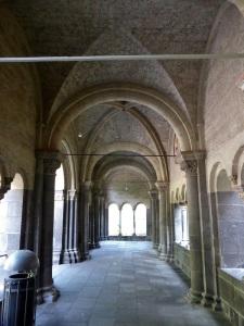 241. Monasterío de María Laach. El Paraiso