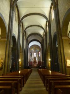 242. Monasterío de María Laach. Nave central