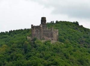 260. Burg Maus