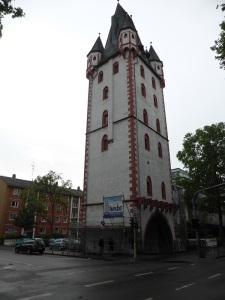 290. Maguncia. Holzturm