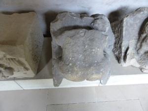 317. Grosscomburg. Escultura románica en el claustro