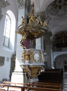 326. Grosscomburg. San Nicolás. Púlpito