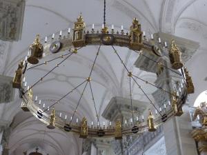 337. Grosscomburg. San Nicolás. Lámpara románica
