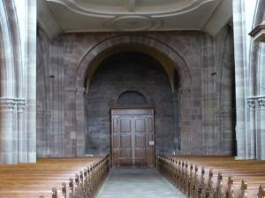 600. Mamoutier. Iglesia abacial. Portada interior