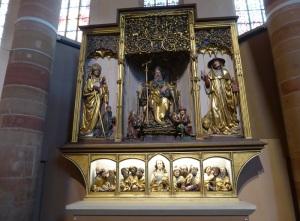 684. Colmar. Iglesia de los Dominicos. Retablo de Issenheim (Grünewald. 1512-1516). Esculturas de Nicolás de Haguenau