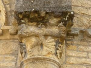 Capitel ábside