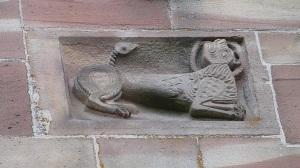 Escultura en  fachada
