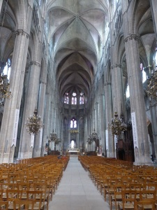 027. Bourges. Catedral. Interior
