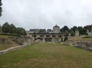 088. La Charité-sur-Loira. Restos de San Lorenzo
