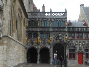 310. Brujas. Burg