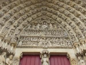 390. Amiens. Catedral. Portal central de la fachada oeste