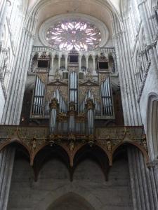 401. Amiens. Catedral. Órgano