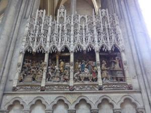 412. Amiens. Catedral. Deambulatorio, pared norte del coro. Vida de San Juan