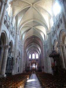 508. Sens. Catedral. Interior