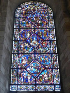 520. Sens. Catedral