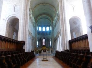 582. St-Benoît-sur-Loire. Coro