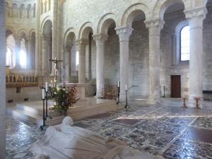 614. St-Benoît-sur-Loire. Mosaico coro