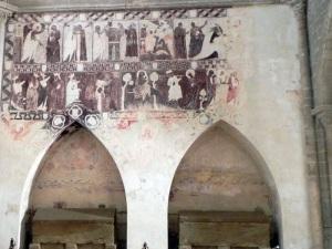 Arcosolios y pinturas muro norte