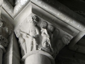 Capitel de San Miguel 1