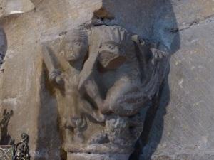 Capiteles interior 7