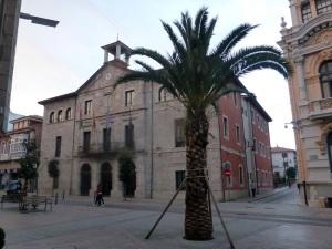 041. Llanes. Ayuntamiento