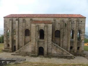 185. Sta. María del Naranco