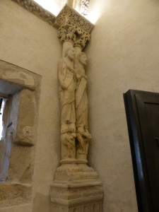 272. Catedral. Cámara Santa