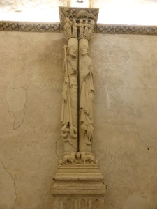 273. Catedral. Cámara Santa
