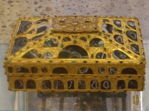 276. Catedral. Cámara Santa.Caja de las Ágatas