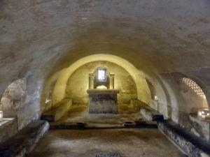 279. Cámara Santa. Cripta de Sta. Leocadia