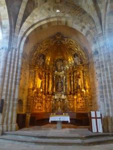 395. Valdediós. Santa María. Altar mayor