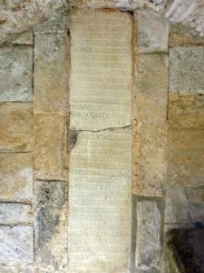 P1170994. Lápida consagración
