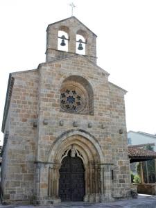 VILLAVICIOSA (ASTURIAS) IGLESIA DE SANTA MARIA DE LA OLIVA S.XIII TRASICION ROMANICO GOTICO