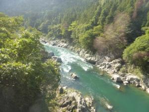 495. Tren de Takayama a Hakone