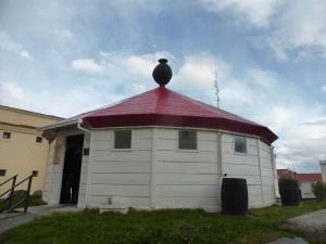 1019. Ushuaia. Museo Marítimo y del Presidio. Reconstrucción del faro del Fin del Mundo