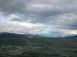 1205. Ushuaia. Navegación por el canal de Beagle. Faro Les Éclaireur