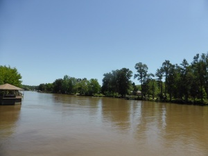 169. Navegación por el Río de la Plata y afluentes hasta Tigre