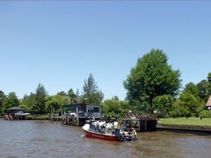 183. Navegación por el Río de la Plata y afluentes hasta Tigre (2)