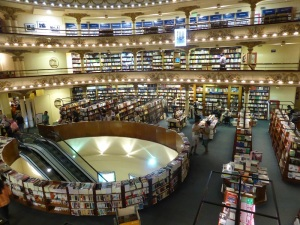 244. Buenos Aires. Librería Ateneo Gran Splendid