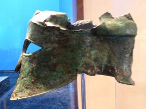 210. Olimpia. Museo. Casco de Milcíades. 490 BC